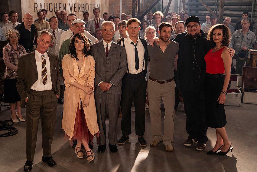 Endlich Wieder Ein Großer Liebesfilm Drehstart Für Die Traumfabrik